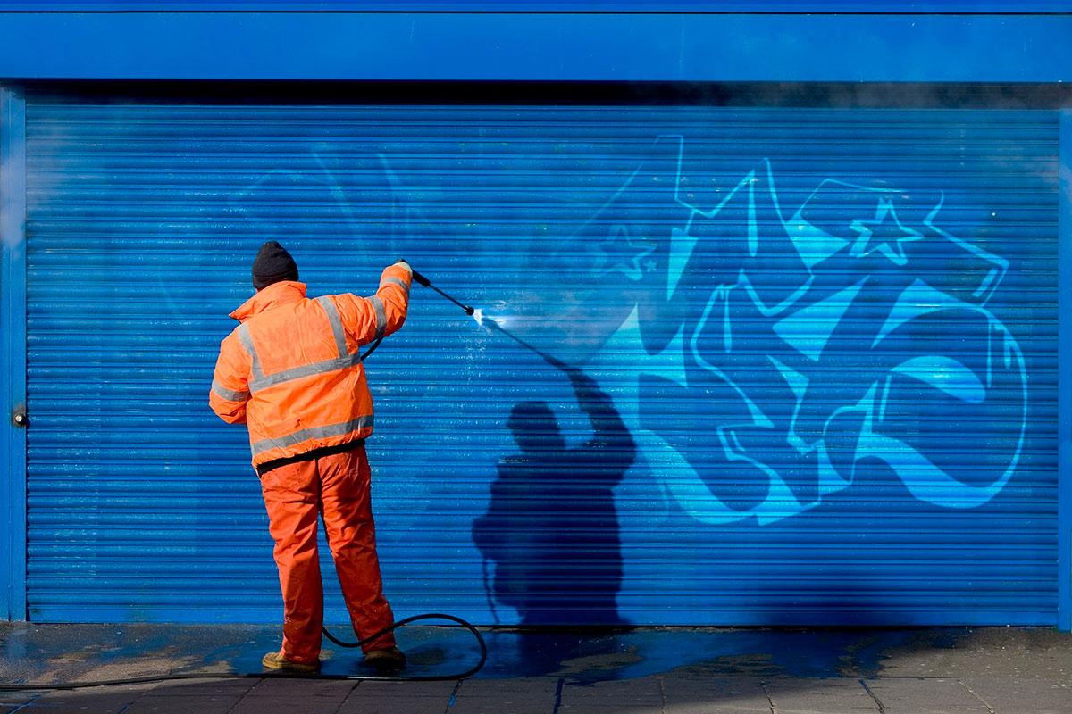 Limpieza profesional de grafitis y pintadas