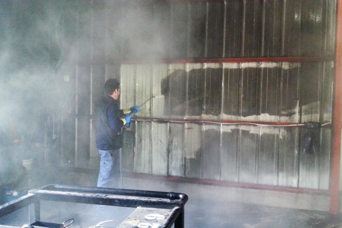 Limpieza con vapor de agua tras siniestro